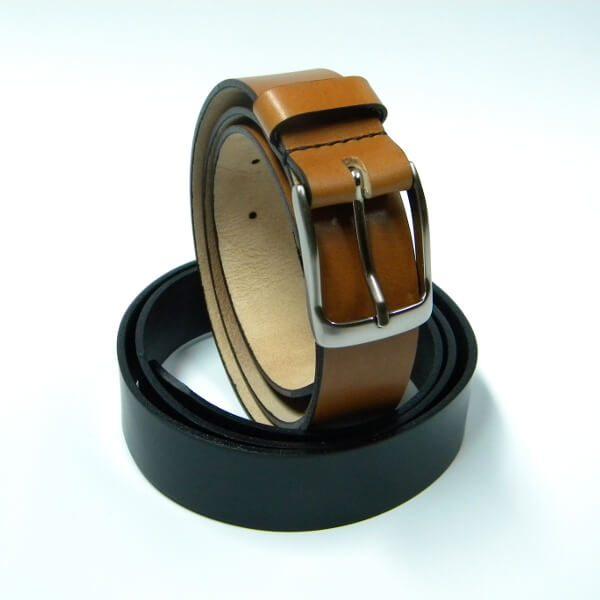 Cinturón de piel marrón