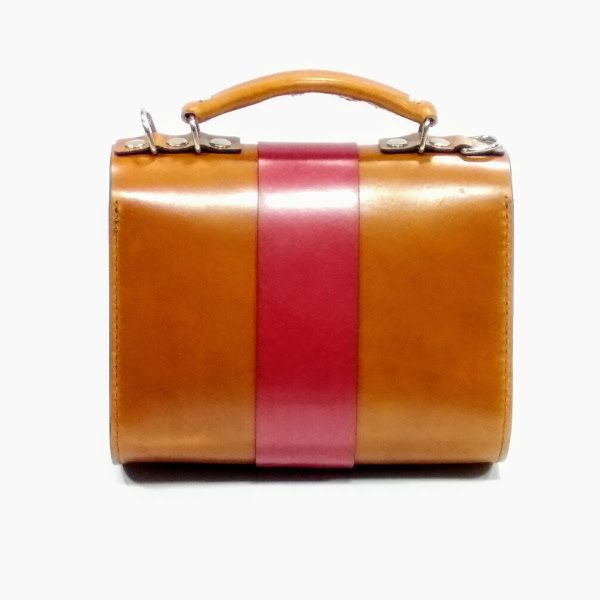 Trasera bolso de mano marrón