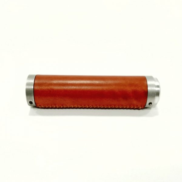 Puño de cuero marrón y aluminio